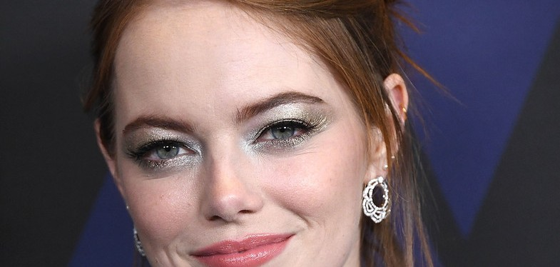 Beauty trend: the new take on silver eyeshadow