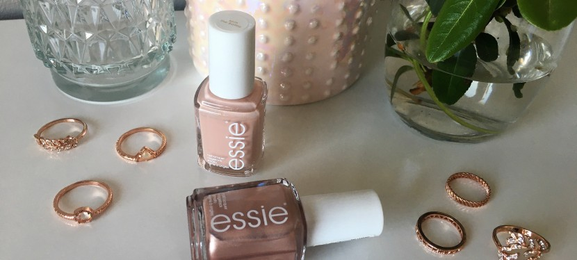 Trending now: rose gold nails